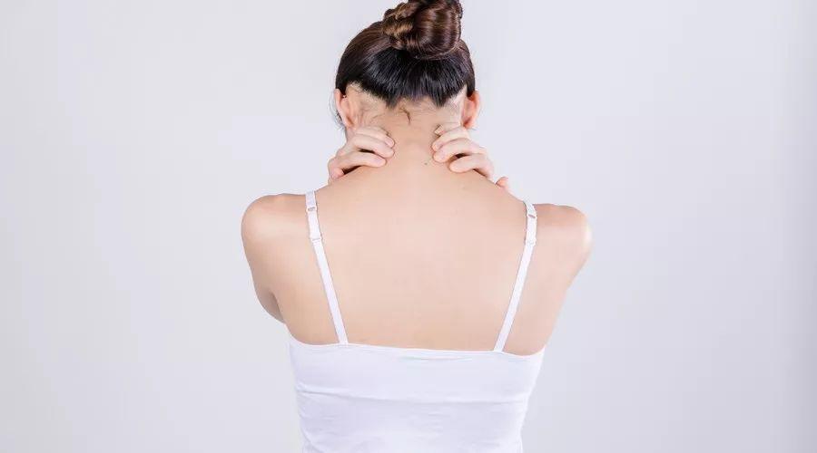 这个民间谣传的治痛经神方最伤子宫,让女人痛上加痛!
